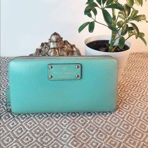 Kate Spade Neda Wellesley Green Leather  Wallet